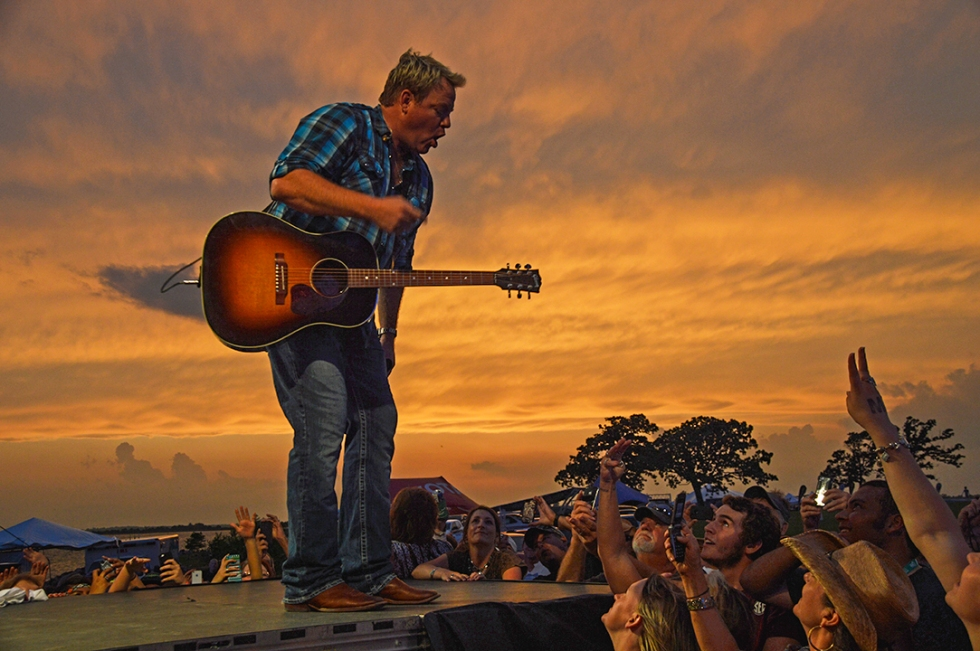 Pat Green Onstage 4