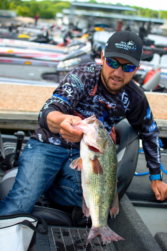 Stetson Blaylock bags up part of his Day 2 limit. Photo by Joel Shangle.