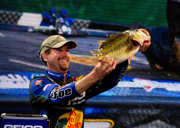 3. Does it seem like BPS pro Ott Defoe has been around forever?!? Well, he hasn't. He's just been so damned good in the six years he's fished the Elite Series that it just seems like it: Top 20 50% of his tournaments! Photo by Joel Shangle.
