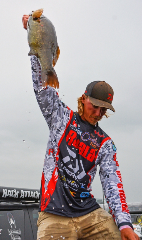 King Leonidas returned to Sparta. Rather, Daiwa pro Seth Feider returned to Mille Lacs. With 26-2. Photo by Joel Shangle.